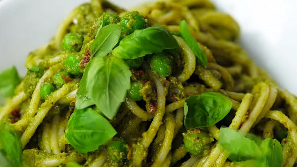 Vegan Recipe: Quick and Easy 'Peasta'