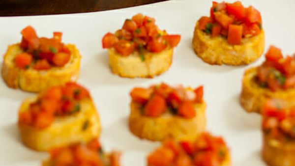 Summer Bruschetta Bites
