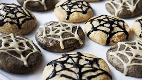 Vegan Recipe: Halloween Cobweb Cookies