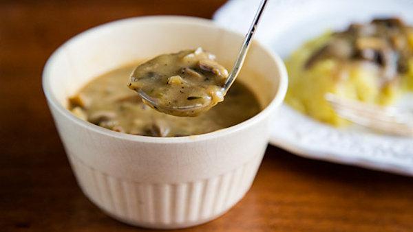 Vegan Recipe: Mushroom Gravy